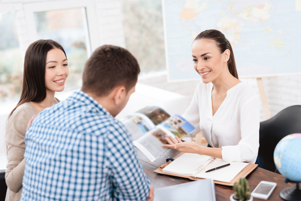 Handling a Travel Agent for the Trip