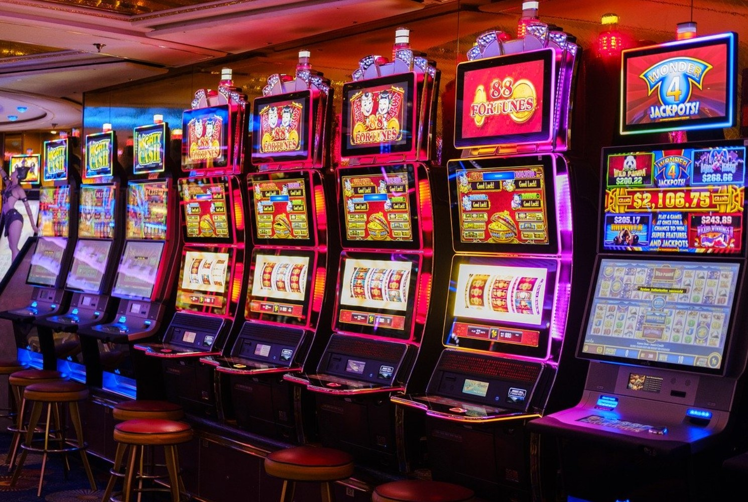 Slots On the internet and No Deposit Machine