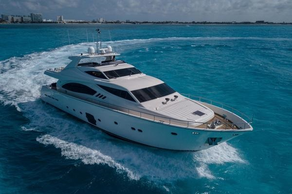 3 Reasons Why You Should Buy A Used Yacht From A Used Yacht Brokerage